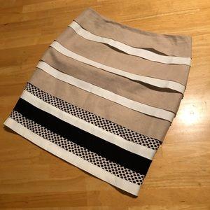 White House black market multi fabric tier skirt
